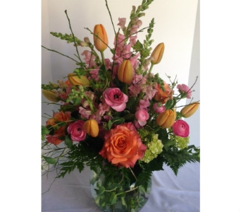 Mother's Day Arrangement in Crafton PA, Sisters Floral Designs