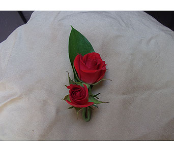 Red Rose Boutonniere In West Los Angeles CA, Westwood Flower Garden