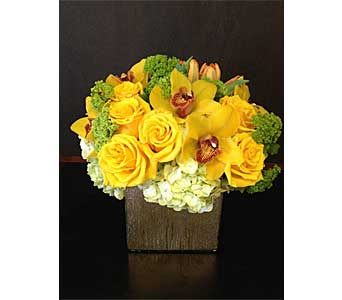Sunshine in Santa Clarita CA, Celebrate Flowers and Invitations