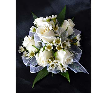 Traditional and Romantic Corsage in Dearborn Heights MI, English Gardens Florist