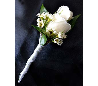Traditional and Romantic Bout in Dearborn Heights MI, English Gardens Florist