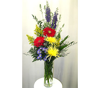 Cylinder Glass Vase Arrangement - One-Sided in Wyoming MI, Wyoming Stuyvesant Floral