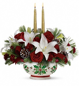 Teleflora's Season's Best Centerpiece in Mobile AL, Cleveland the Florist