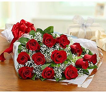 1 Dozen Roses Wrapped in Jersey City NJ, Hudson Florist