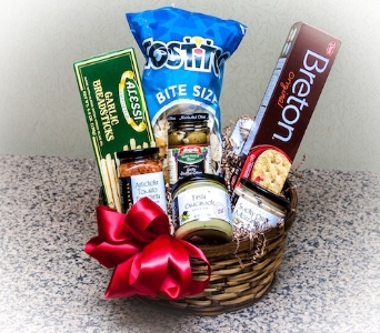 Easy Entertaining Basket in Des Moines IA, Doherty's Flowers