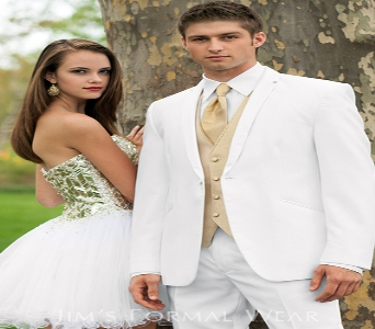 Jim's Formal Wear Platinum Collection in Huntington IN, Town & Country Flowers & Gifts