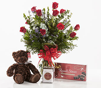 Rose Gift Set in Tyler TX, Flowers by LouAnn