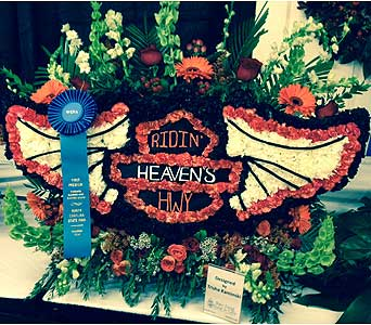 Trish Kaminiski � 1st Place � 2014 NC State Fair in Wake Forest NC, Wake Forest Florist