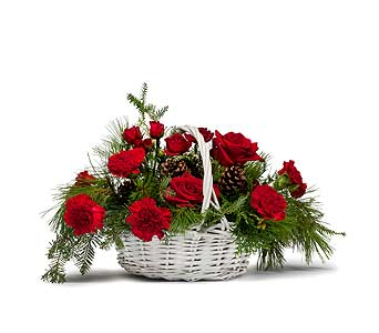 Classic Holiday Basket in Amherst NY, The Trillium's Courtyard Florist