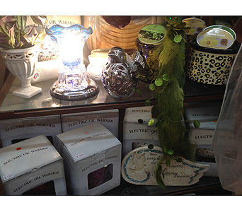 Electric Oil Warmers in Bellefontaine OH, A New Leaf Florist, Inc.