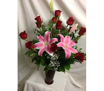 Rose and Lily Arrangement in Rancho Cordova CA, Roses & Bows Florist Shop