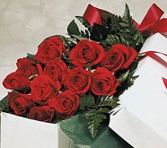Traditional Boxed Roses in Traverse City MI, Teboe Florist