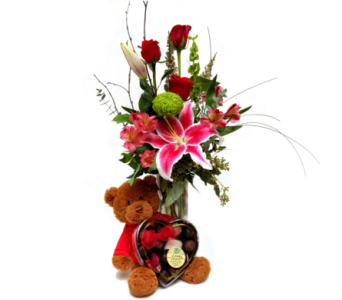Premium Sweetheart Bundle in Eugene OR, The Shamrock Flowers & Gifts