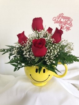 Valentine Happy Face Mug in Chalfont PA, Bonnie's Flowers
