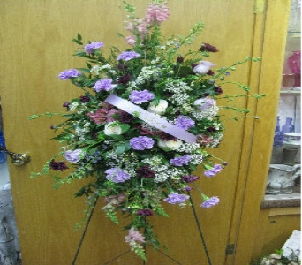 Lavender Garden Accent Piece in Atlantic IA, Aunt B's Floral