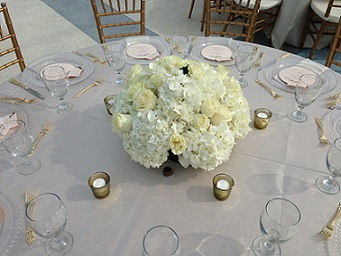 Low Hydrangea Centerpiece in Stuart FL, Harbour Bay Florist