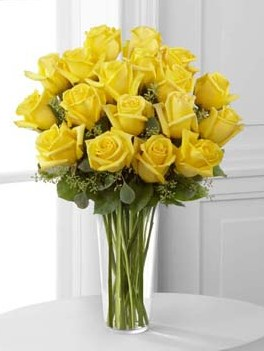 18 Long Stem Yellow Roses in Fond Du Lac WI, Haentze Floral Co