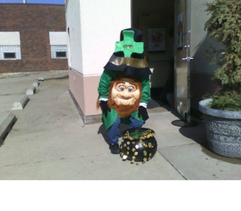 St Patrick's Day delivery in Mankato MN, Becky's Floral & Gift Shoppe