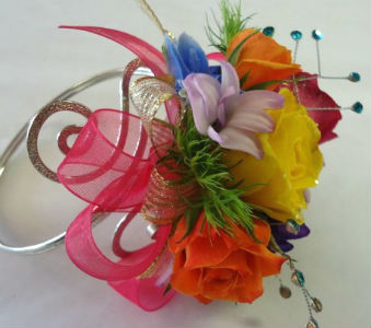 Rainbow Armband in Farmington CT, Haworth's Flowers & Gifts, LLC.