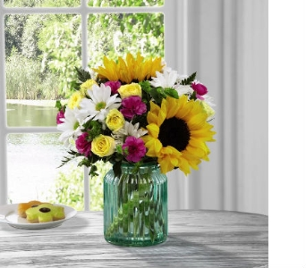 FTD� Sunlit Meadows� Bouquet by Better H & G in Bristol TN, Pippin Florist