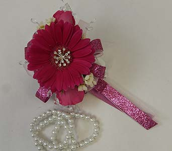 Wrist Corsage of Hot Pink Mini Gerbera and Sweethe in Bloomington IL, Forget Me Not Flowers