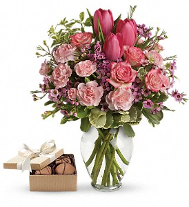 Full of Love with chocolates in Gaithersburg MD, Flowers World Wide Floral Designs Magellans