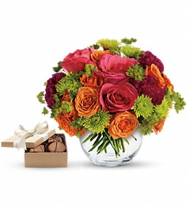 Smile for Me with chocolates in Toronto ON, Capri Flowers & Gifts