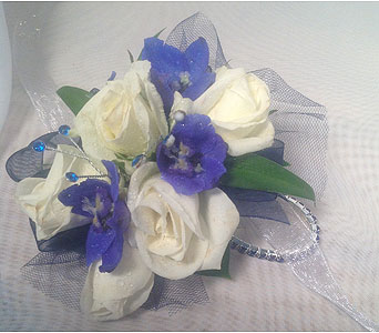 Corsage in Guilford CT, Guilford White House Florist