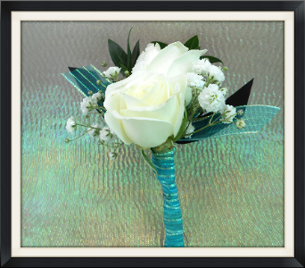 Double Rose Boutonniere in Tyler TX, The Flower Box