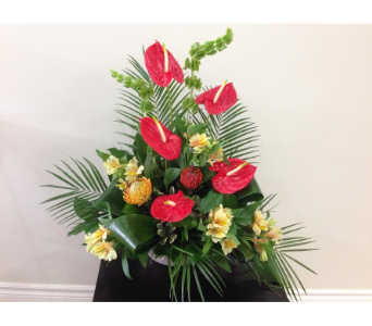CD5 in Bradford ON, Linda's Floral Designs
