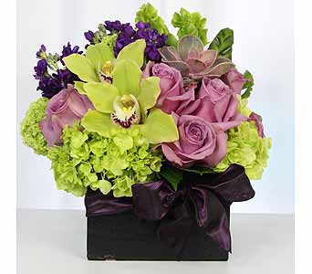 Cel010 in Santa Clarita CA, Celebrate Flowers and Invitations