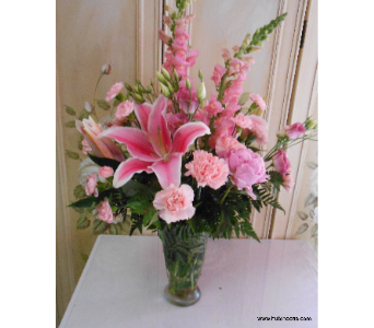 pinkelegance in Abington MA, The Hutcheon's Flower Co, Inc.
