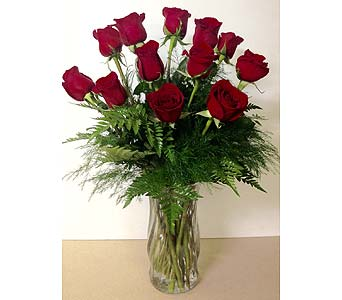 Dozen Long-Stem Red Roses in Wyoming MI, Wyoming Stuyvesant Floral