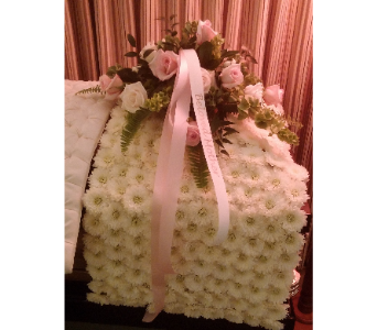 CASKET BLANKET in Woodbridge NJ, Floral Expressions