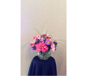 Custom arrangment in Carmichael CA, Bettay's Flowers