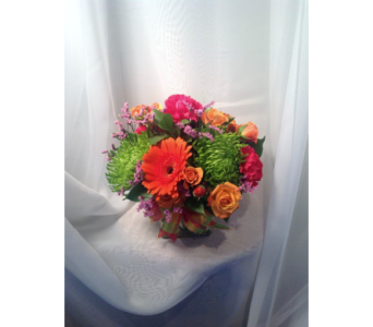 Chasing Rainbows  in Guilford CT, Guilford White House Florist