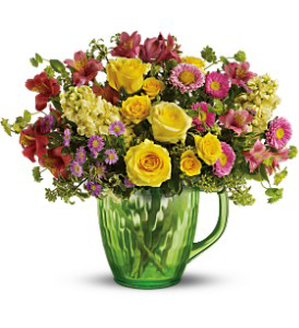 Spring Pitcher Bouquet Deluxe