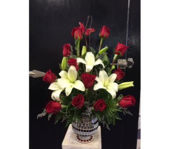 Custom Design  $95-$125 in Statesville NC, Brookdale Florist, LLC