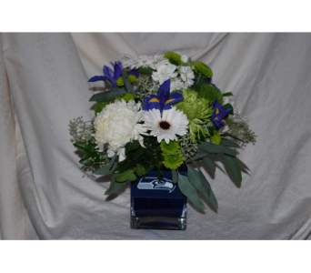 Seahawks Top Fan Bouquet in Renton WA, Cugini Florists