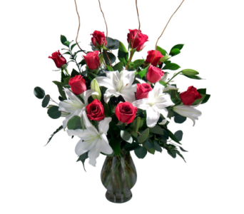 12 Red Roses with Lilies  in Detroit and St. Clair Shores MI, Conner Park Florist