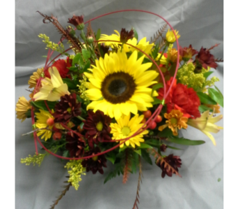 Autumn Centerpiece in Fairless Hills PA, Flowers By Jennie-Lynne