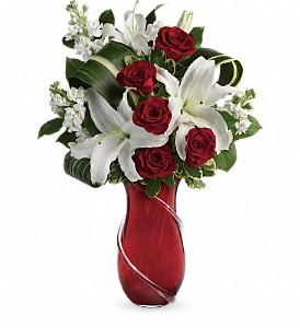 Teleflora's Love And Tenderness Bouquet in Tampa FL, Moates Florist
