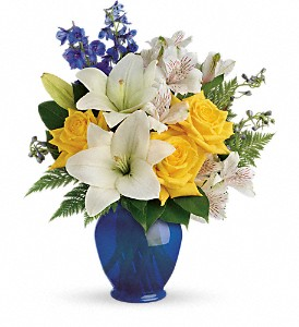 Teleflora's Oceanside Garden Bouquet in Bluffton IN, Posy Pot