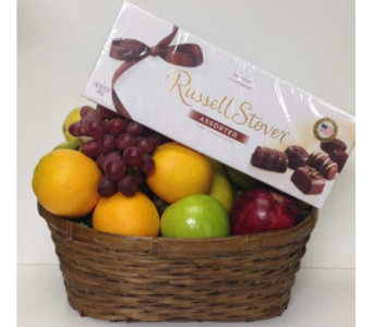 Traditional Fruit and Boxed Chocolate Basket in Wyoming MI, Wyoming Stuyvesant Floral