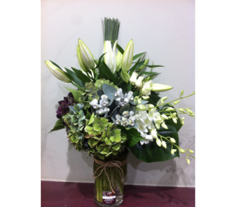 Hamptons Bouquet in Kissimmee FL, Golden Carriage Florist