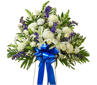 Heartfelt Sympathies Standing Basket (M) Blue & Wh