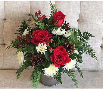 Merry Merry in Charleston SC, Tiger Lily Florist Inc.