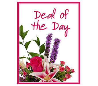 Deal of the Day - Valentine's Day in Lakehurst NJ, Colonial Bouquet