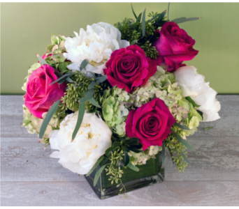 Peonies and Roses in Merrick NY, Feldis Florists