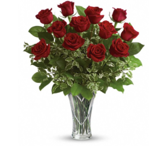 Classic Etched Heart Dozen Roses in Winston Salem NC, Sherwood Flower Shop, Inc.